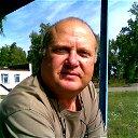 Александр Леонтьев