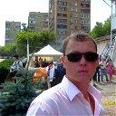 Дмитрий Елаков