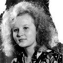 Юлия Меньшикова