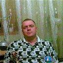 Олег Клёнов