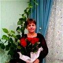 Наташа Хребтова