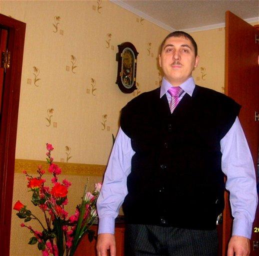 Владимир Деревянко