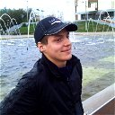 Антон Максимов
