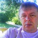 Александр Гуенков