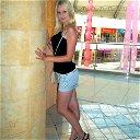 Leno4K@ Blonde