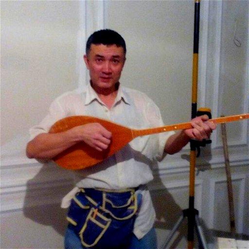 Амир Харисов