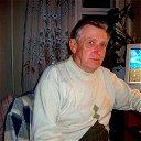 Владислав Толоконников