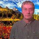 Виктор Мовсесян